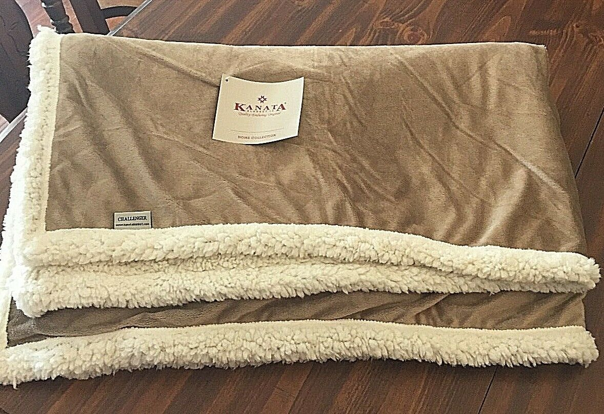 Kanata Blanket Co. Throw Blanket Challenger Sherpa Frito Lay Logo Nwt