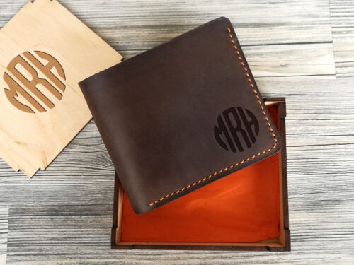 Personalized Engraved Monogram Mens Leather Wallet Bifold Purse Groomsmen Gift