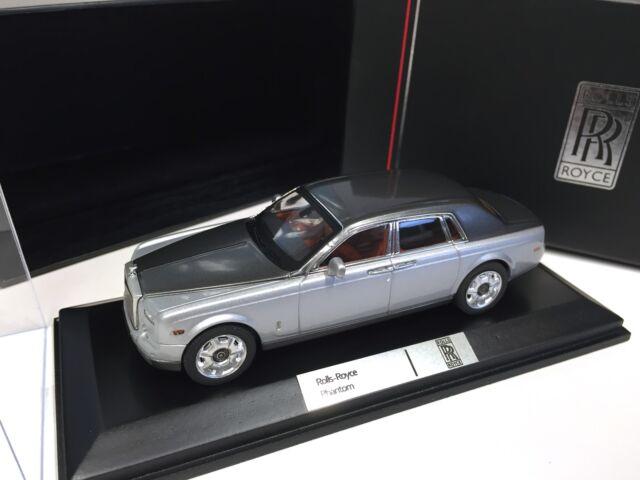 Rolls-Royce Phantom - Silver / Grey Metallic - 1/43 IXO VOITURE DIECAST - MOC163