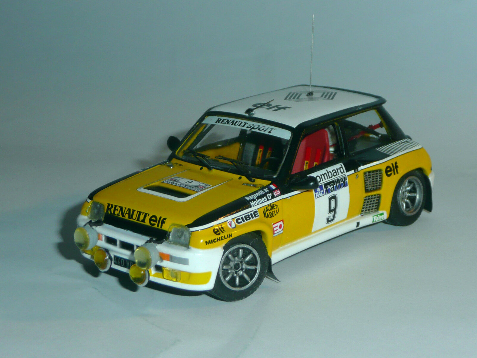 UNIQUE 1  43   R 5 Turbo   Terre & nuit  - RAGNOTTI RAC RALLYE 1981 (baseIXO)
