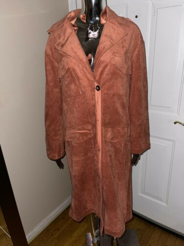 Pre Owned Tularosa Suede Trench Coat. Woman Size E