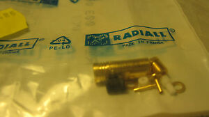 Radiall-R114003000W-RF-Coaxial-Connector-Smb-F-Stg-CL-2-50-S-1pcs