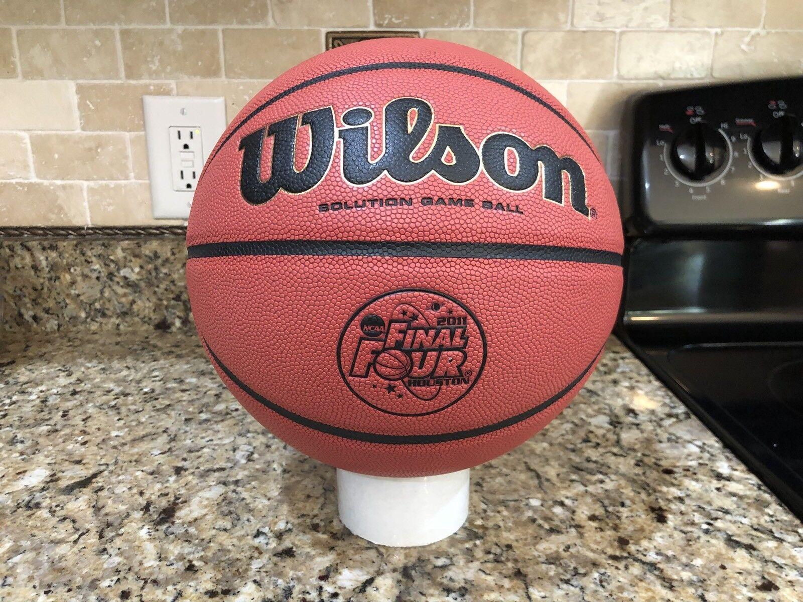 178d24c0a86 Official Wilson 2011 NCAA Final Four Game Ball Leather Basketball  Evolution. Um ano sem a ...