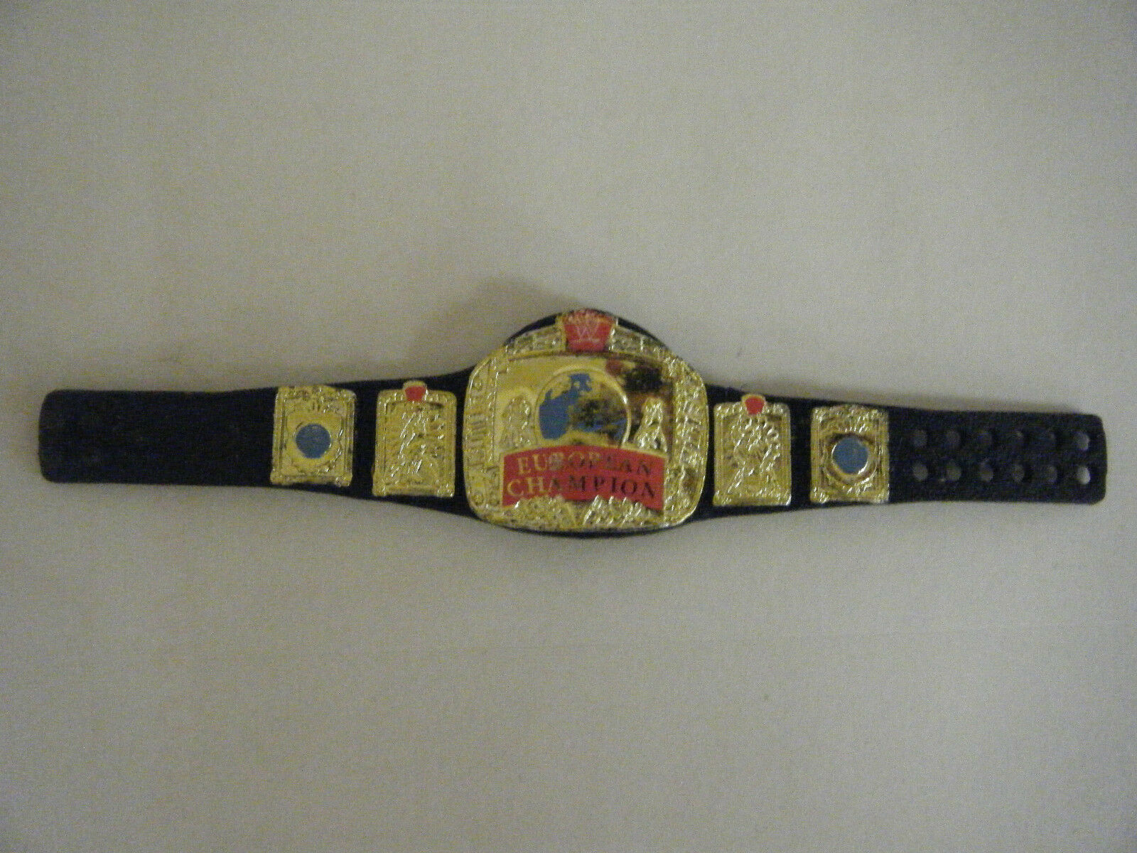 ELITE EUROPEAN OLD WWF WRESTLING WWE MATTEL CHAMPIONSHIP BELT ACCESSORIES FIGURE