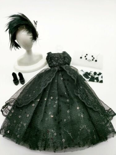 EXTRAS  SPECIAL OFFER! BARBIE FASHION BLACK SEQUINED PARTY DRESS  MINT!