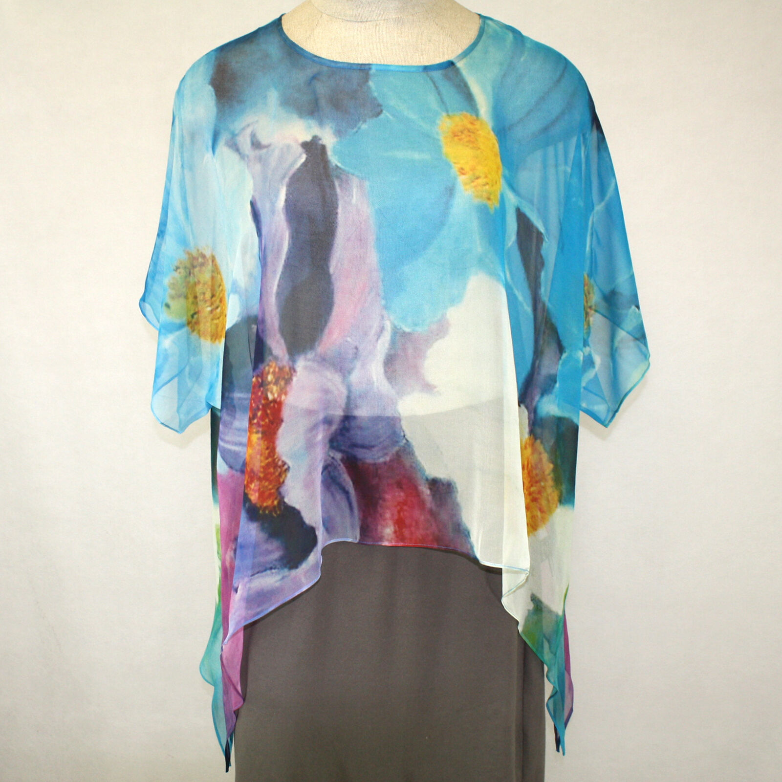 NEW NWT Cocoon House Flowers Without Borders Sheer 100% Silk Point Top Small Med