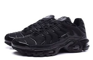 35b07942401 NIKE AIR MAX PLUS TN TUNED BLACK ALL SIZES BRAND NEW ADULTS   KIDS ...