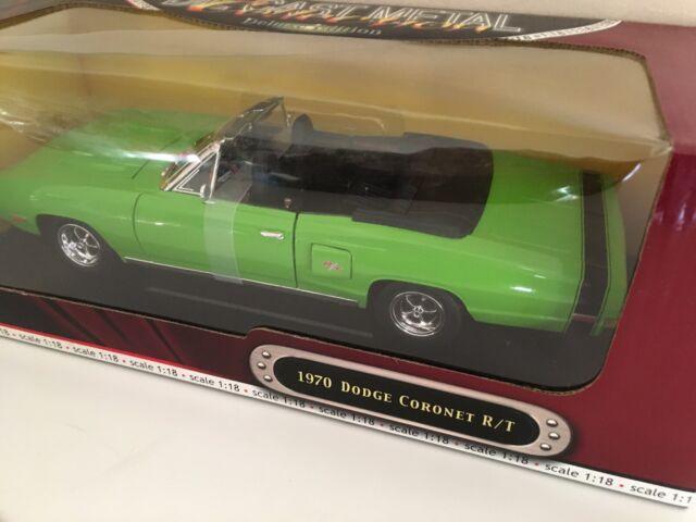 1:18 1970 Dodge Coronet R/T Convertible Sublime Green Road Signature Yat Ming