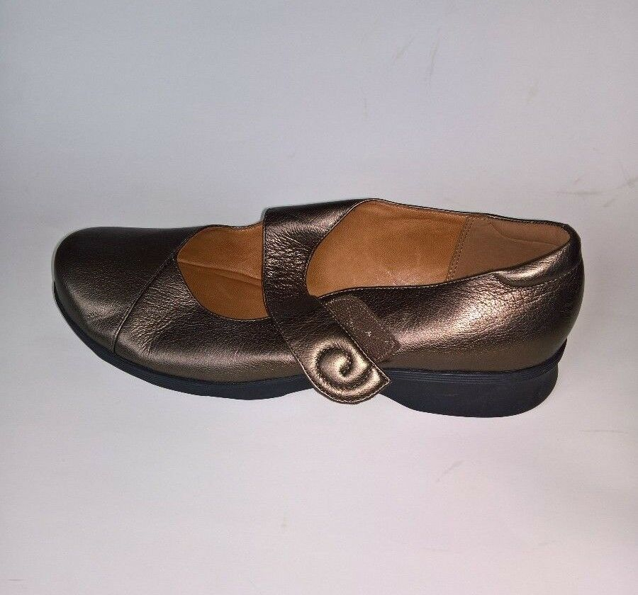 Clarks Women's Bronze Leather Mary Jane Size 10 M or or or 9W 1ba53a