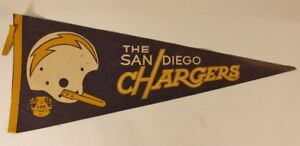 VTG-Original-SAN-DIEGO-CHARGERS-AFL-NFL-Football-Decorative-Man-Cave-Pennant
