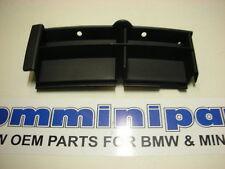 BMW E39 FRONT BUMPER RIGHT CLOSED GRID 51118235638