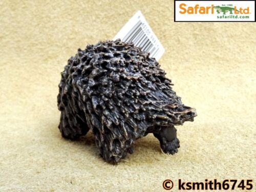 Safari PORCUPINE solid plastic toy wild zoo American animal NEW *