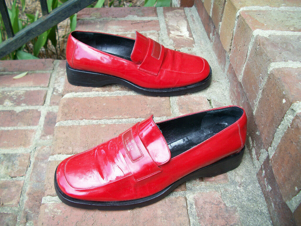 AUTHENTIC VINTAGE GUCCI LIPSTICK RED SHINY PATENT… - image 2