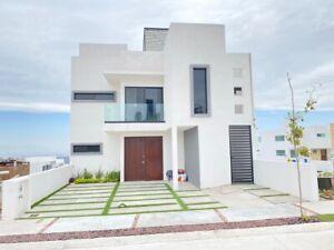 Casa Venta Privada Valle Tinto Corregidora por Tec Milenio Punta Esme