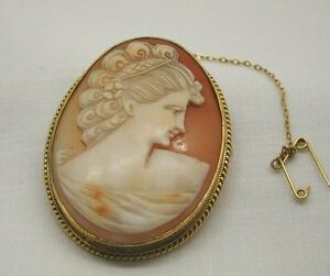 Vintage-Beautiful-Large-9ct-Gold-Mounted-Carved-Cameo-Brooch