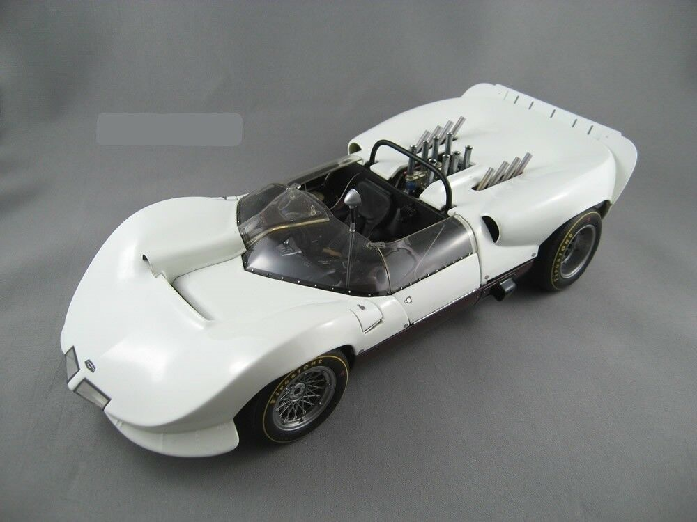 Chaparral Type 2 in White - 1 18 scale by Exoto