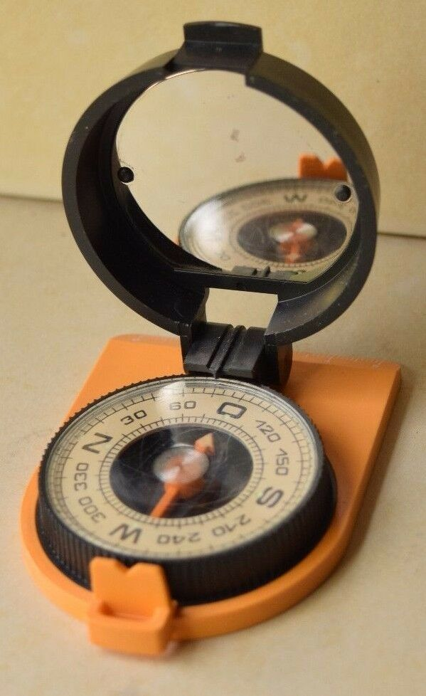 Vintage Collectible Retro Plastic Ship Compass With Ruler And Mirror AZIMUT Rare