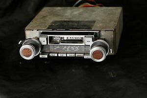 VINTAGE SANYO FT 6071 cassette tape player  SHAFT STYLE
