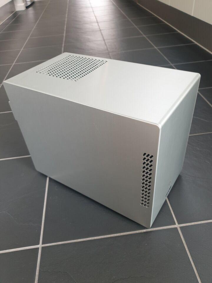 Selvbyg, Kompakt gamer PC (mini-ITX), 2,5 Ghz