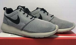 9566273d253c Nike Mens Sz 8 Roshe One K Athletic Running Black Gray White ...
