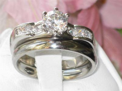 Rg007 SIMULATED DIAMOND ENGAGEMENT  RING WITH PRINCESS WEDDING BAND SET 2PCS