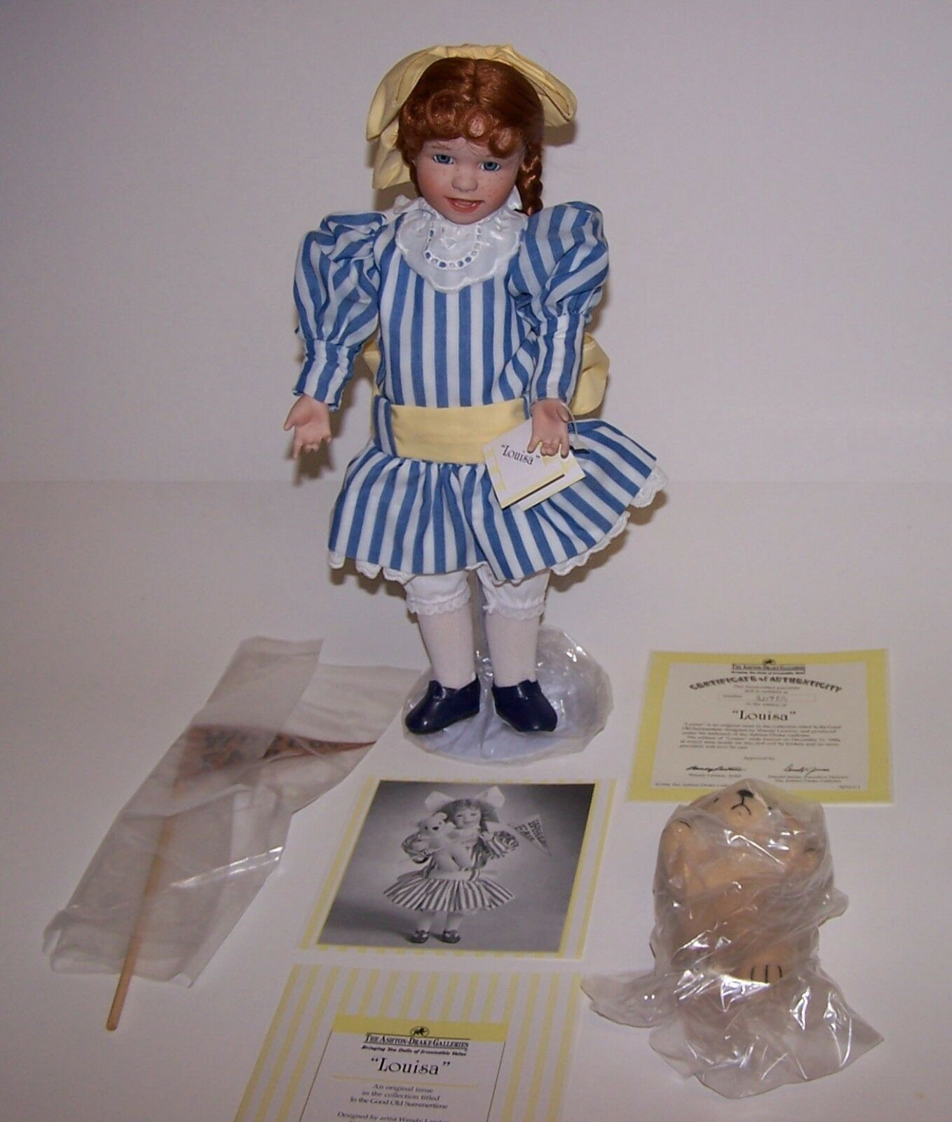 Ashton Drake Louisa Porcelain 14  Doll w/Stand World's Fair Flag Bear COA