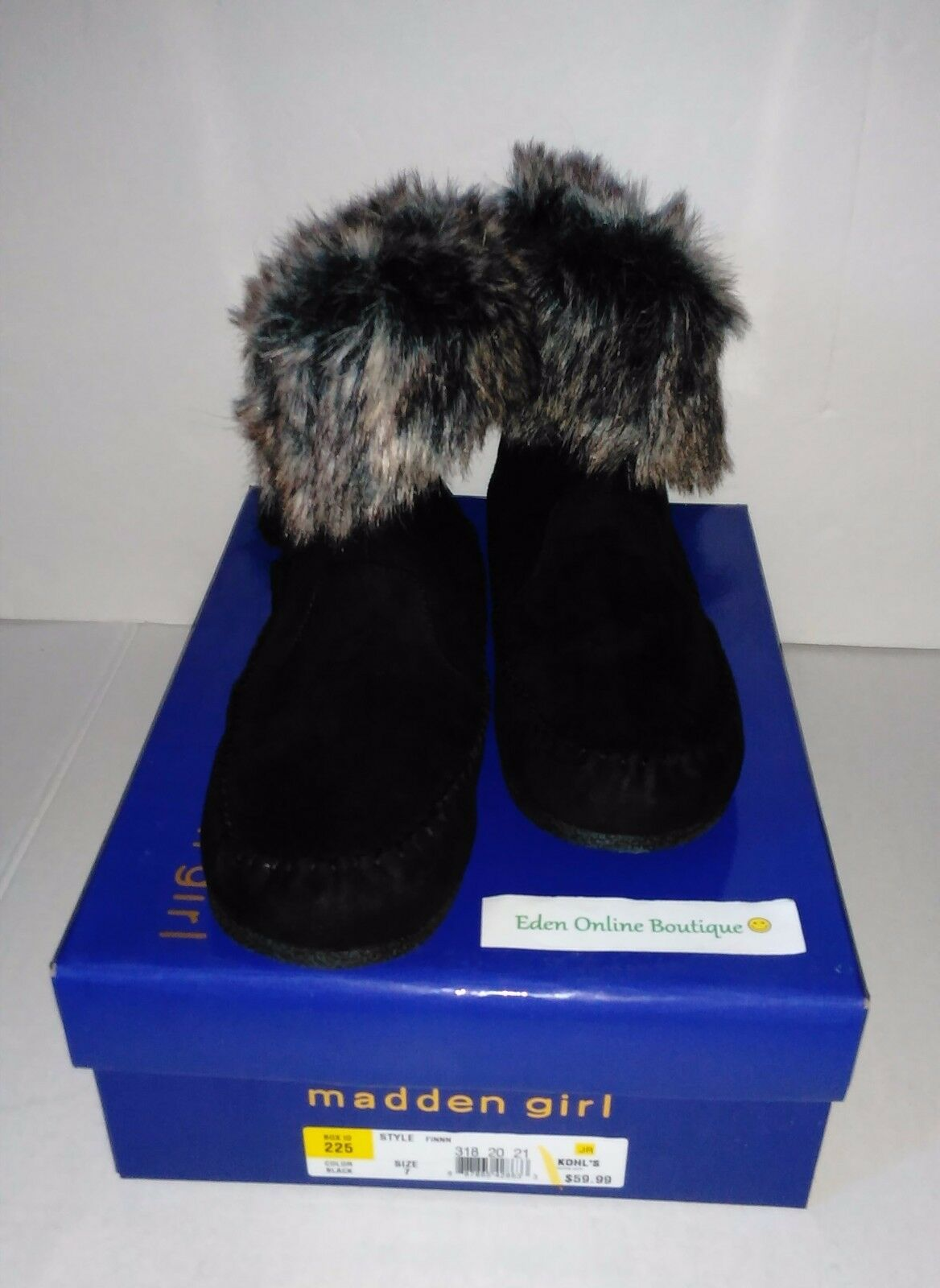 NWOT Women's Madden Girl Finnn Microsuede Moccasin Black Ankle Boots Size: 7