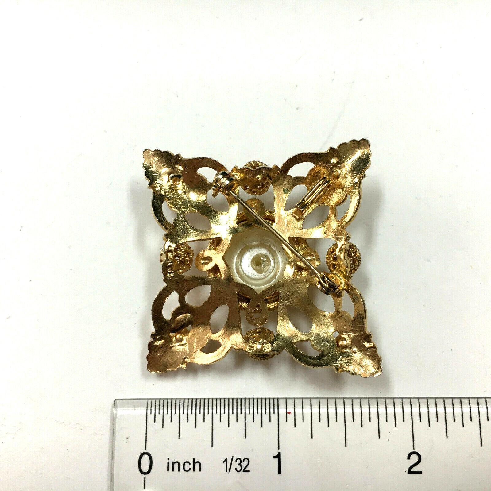 Vintage MOGHUL Pearl Brooch Pin Pendant Gold Plat… - image 5