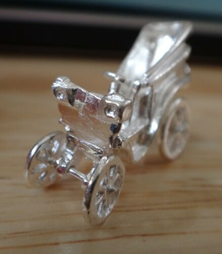 Sterling Silver 3D 30x20x9mm Movable Antique Car Charm