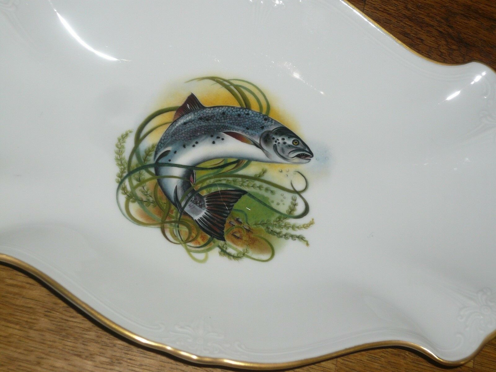 Platte 25,5 cm cm cm  16 cm Hutschenreuther  Baronesse  Goldrand  Fisch  Fischmotiv | Mittlere Kosten  e94dff