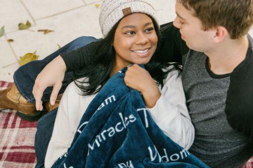 "Chanasya /""Hope Faith Love Joy/"" Inspiring Message Sherpa Cozy Gift Throw Blanket"