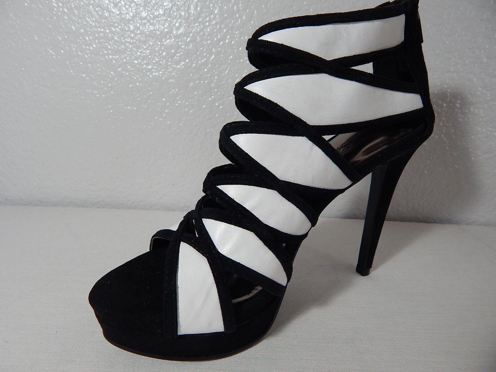 CARLOS SANTANA - - SANTANA NWB - Size 6 M - Strata Black & White  Leather / Synthetic 22ceaf