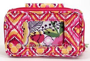 New Disney Exclusive Vera Bradley Bouncing Bouquet Pink Wristlet Wallet Phone
