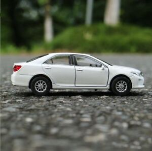 Toyota-Camry-Model-Cars-Toys-1-36-Collection-Open-two-doors-White-Alloy-Diecast