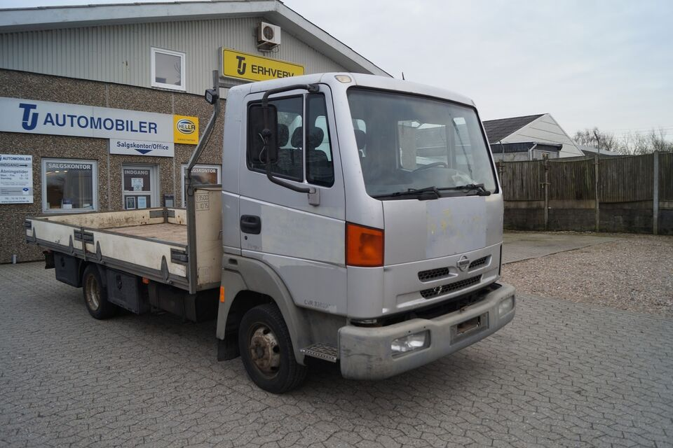 Nissan Atleon 3,0 Ladvogn 3200 d Diesel modelår 2001