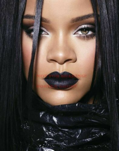 RIHANNA Poster 21 24 inch by 36 inch Hollywood Art Photo Poster
