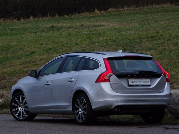 Volvo V60 2,0 D3 150 Momentum aut. - billede 3