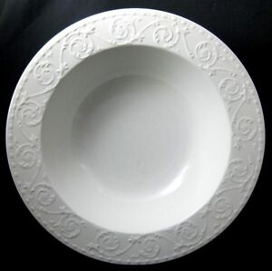 Mikasa-Plaza-Lane-2-Vegetable-Serving-Bowls-Flowers-Scrolls-DE900-More-Pcs-Avail