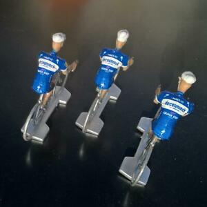 3-cyclistes-miniatures-Tour-de-france-Cycling-figure-Deceuninck-Quick-Step-2