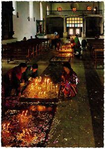CPSM-GF-GUATEMALA-C-A-Interior-Iglesia-de-Santo-Tomas-Chichicastenangro