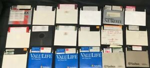 Commodore-64-18-Program-Disks-Miscellaneous-Programs-FLOPPY-DISKS