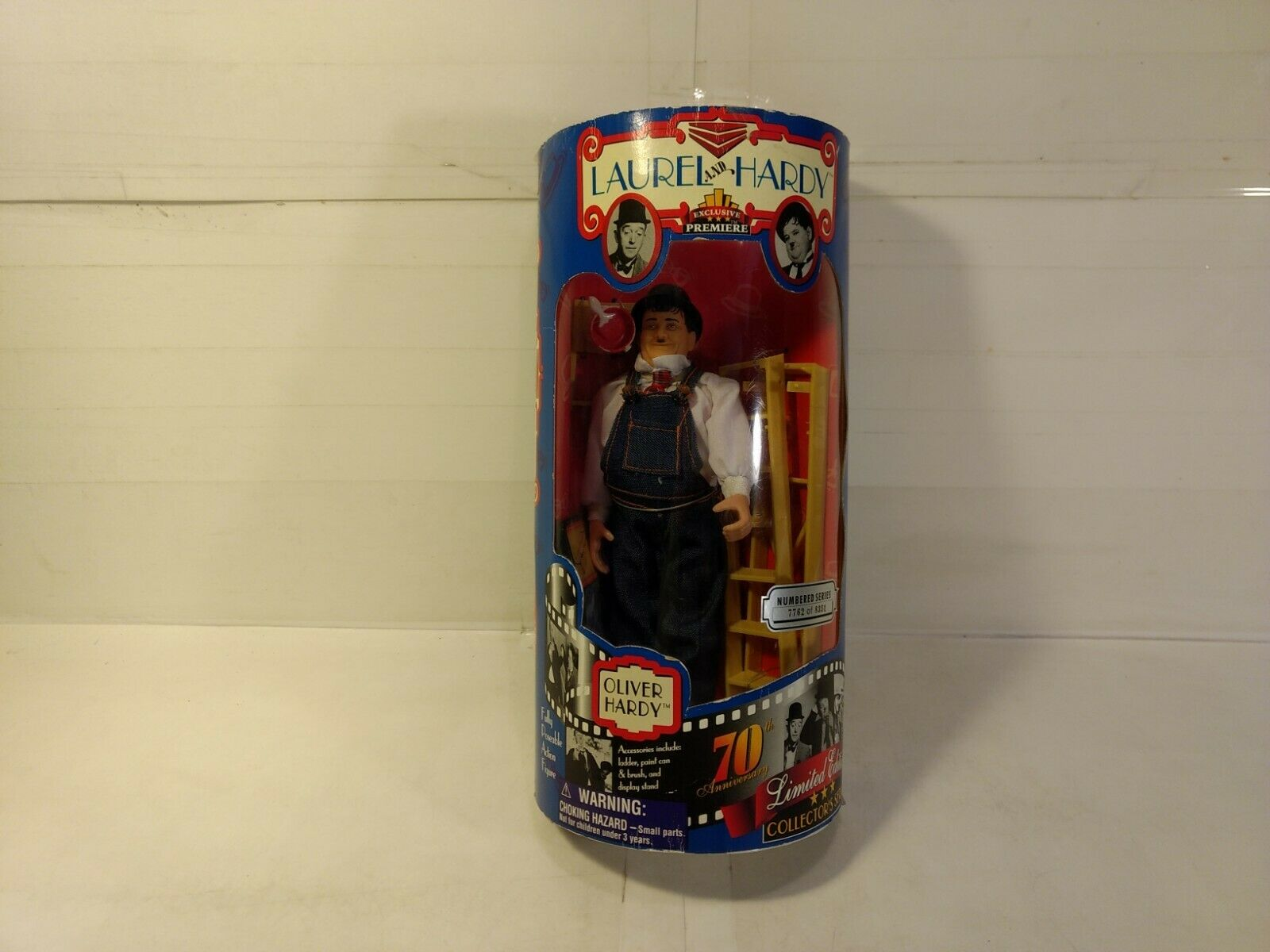 Exclusive Premiere Laurel & Hardy Oliver Hardy Mobili Action Figure T2966
