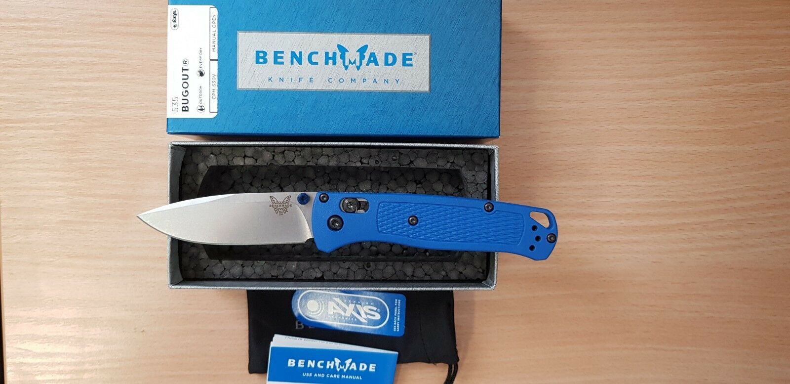 Benchfatto 535 Bugout CPMS30V steel Droppoint EDC knife Axis Lock