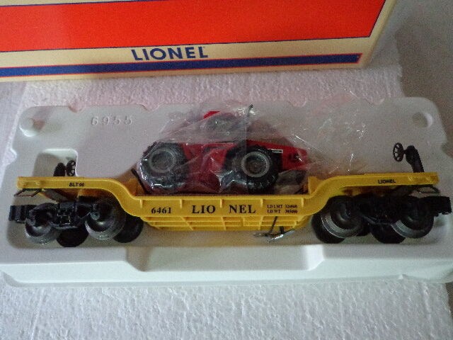 LIONEL  O  AND  027 6461 DEPRESSED CENTER FLAT CAR W/ rosso ERTL TRACTOR