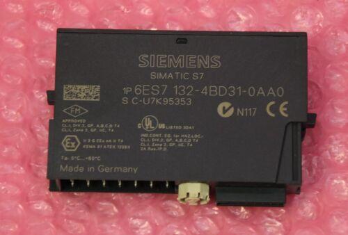 Siemens Simatic S7 ET200  4DO DC24V//2A Typ 6ES7 132-4BD31-0AA0