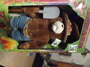 Limited-Edition-50th-Anniversary-22-034-SMOKEY-The-BEAR-Plush-Toy-Doll-NRFB