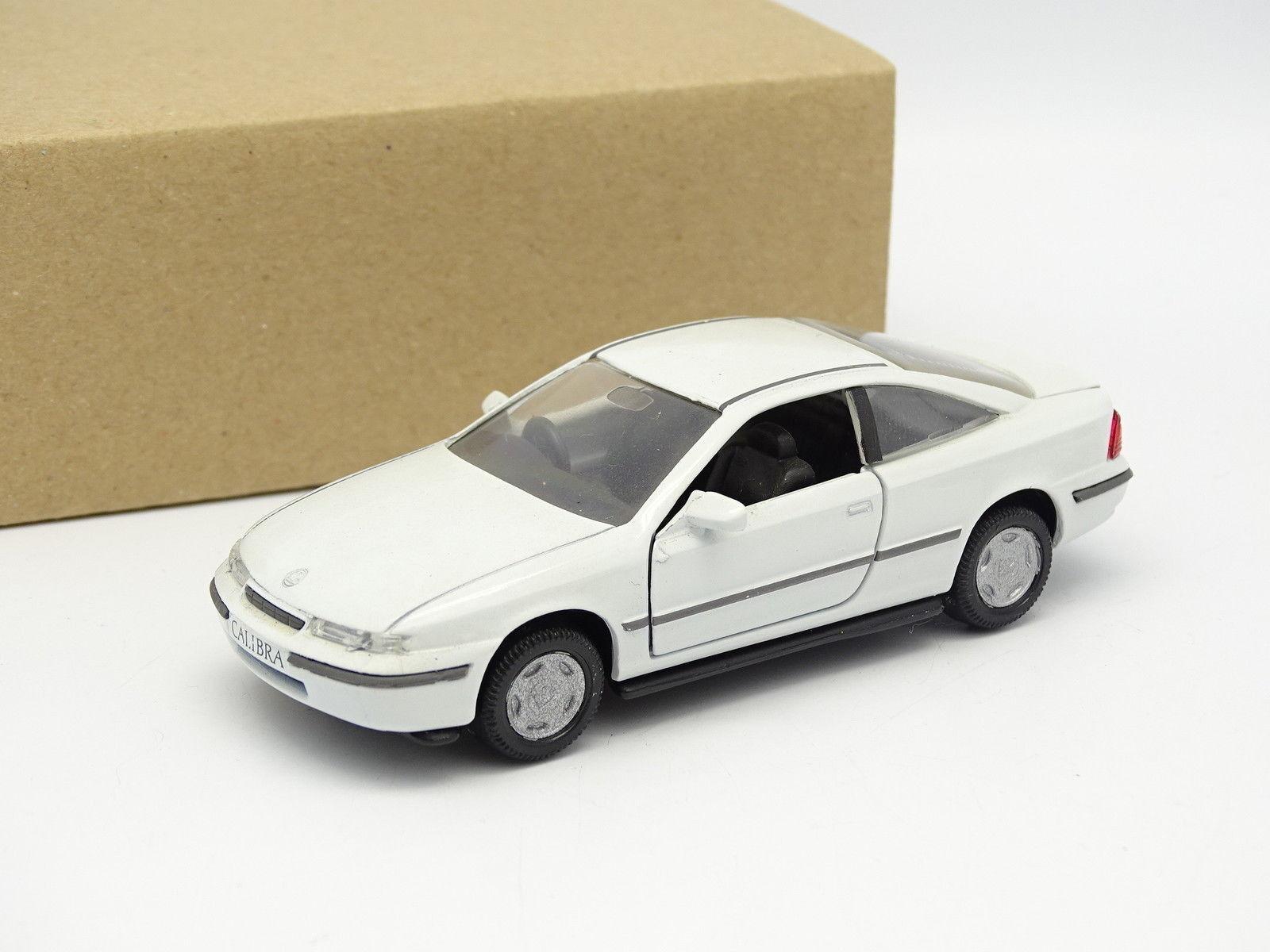 Gama SB 1 43 - Vauxhall Calibra white