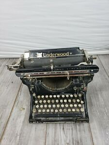 Underwood  Vintage 1915 Manual Typewriter Glossy Black Gold Lettering No. 3 12""