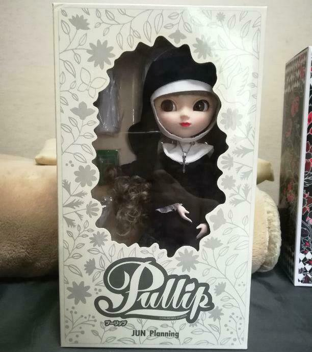 Pullip Sacralita F-525 Groove doll figure Nun the Bible Maria Japan F S