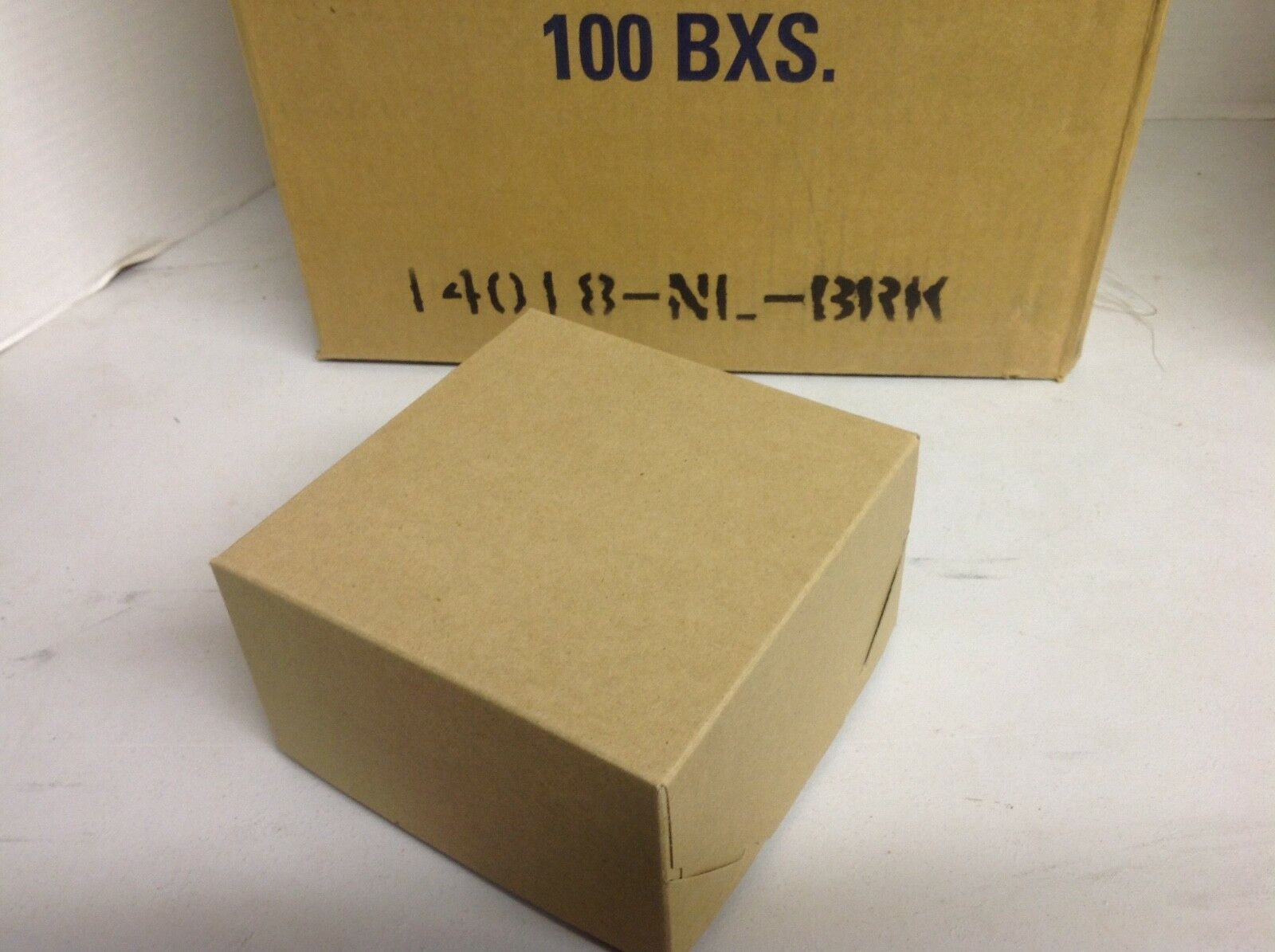 Lot of 100 Natural Bark Boxes 6 1 2 x 6 1 2 x 4  2 piece pop up boxes